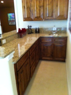 kitchen-with-granite-counte
